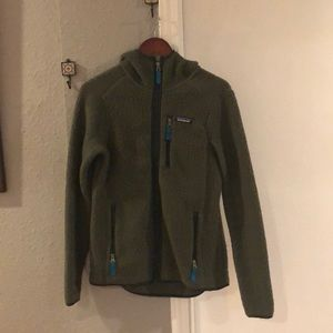Green Patagonia zip up